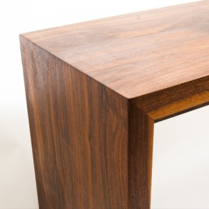 Walnut_bench_detail